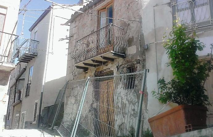 Typical property in Mussomeli, Italy